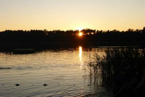 Sonnenuntergang am Brahmsee Zeltlager 2013